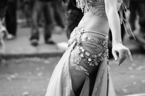 Belly dancer - copyright Ardean Peters